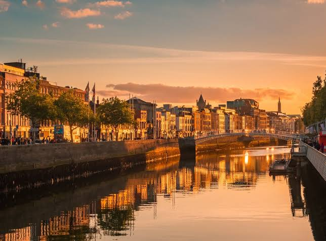 Best Places for Solo Travelers - Dublin