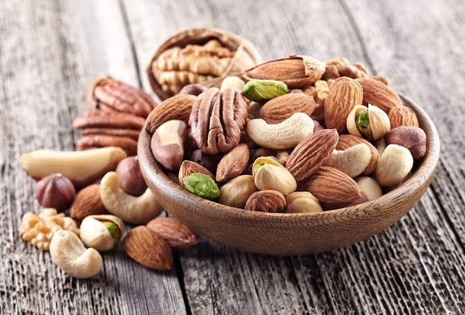 Nuts - snack alternatives